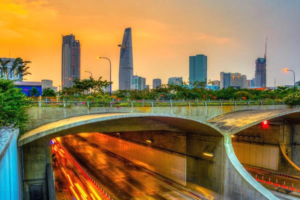 Thu cả một góc trời Sài Gòn tại Hầm Thủ Thiêm - Taxi Sân Bay
